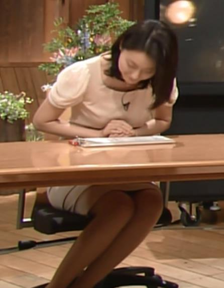 小川彩佳  (報道ステーション 20140618)キャプ・エロ画像3