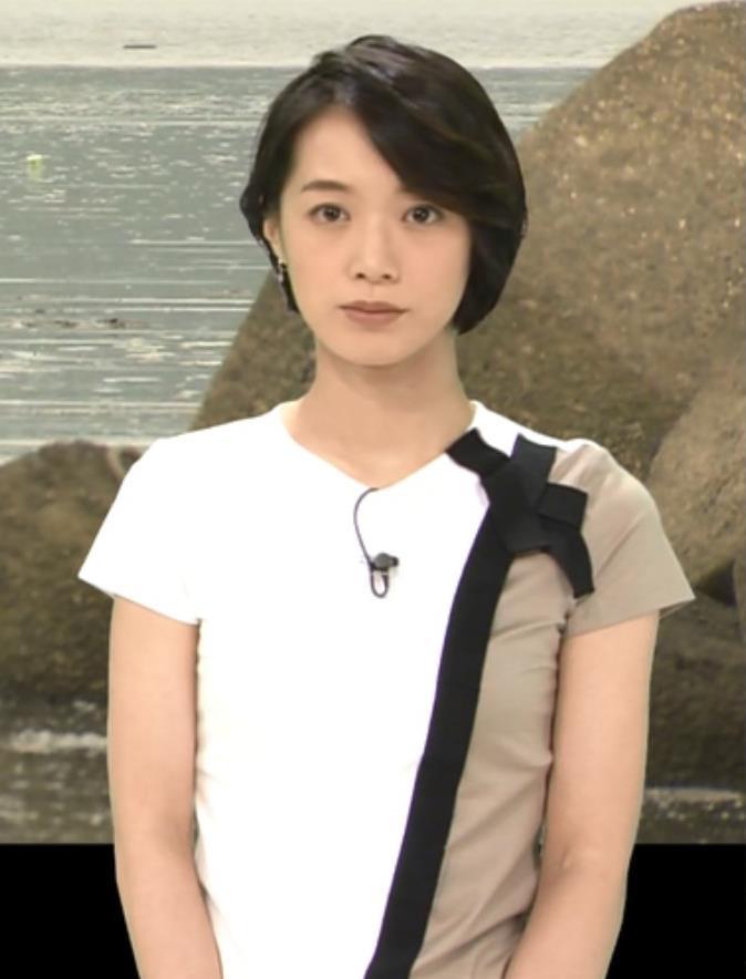 八木麻紗子 横乳キャプ・エロ画像4