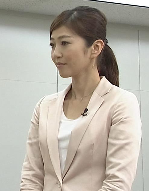 久保田智子 胸ちらキャプ・エロ画像2