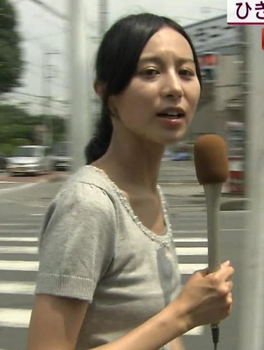 細貝沙羅 キャミ透けTシャツキャプ・エロ画像