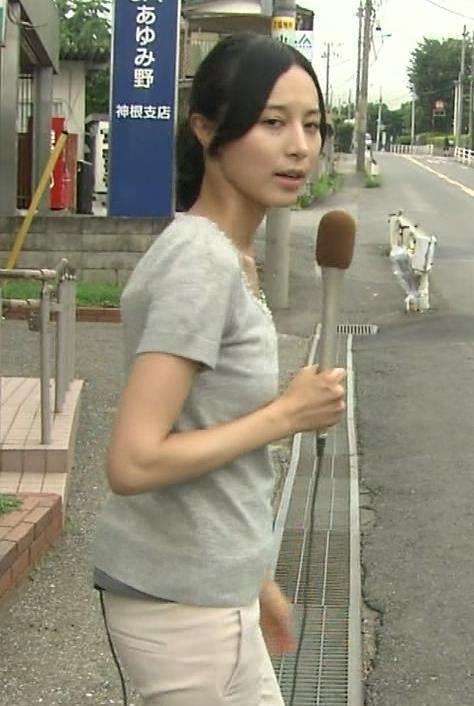 細貝沙羅 キャミ透けTシャツキャプ・エロ画像3