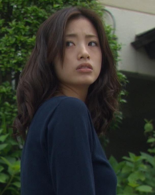 上戸彩 横乳キャプ・エロ画像