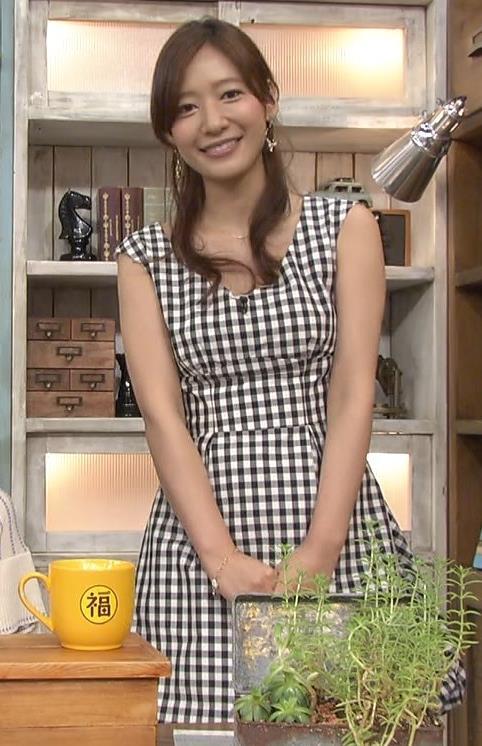 吉田明世 横乳キャプ・エロ画像6