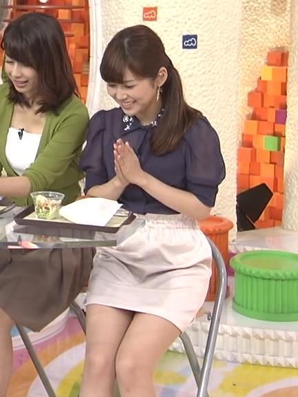 竹内友佳 太ももキャプ・エロ画像4