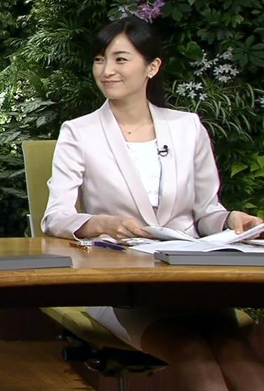 大江麻理子 ミニスカートキャプ・エロ画像5