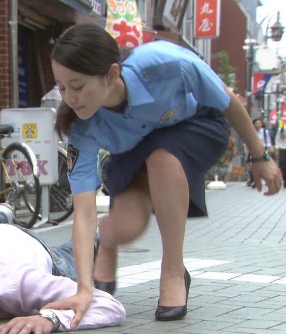 堀北真希 ミニスカートキャプ・エロ画像2
