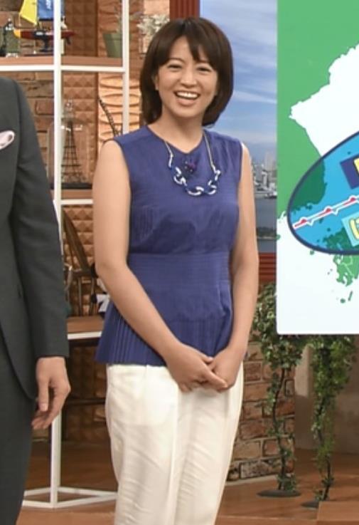 赤江珠緒 ノースリーブキャプ・エロ画像2
