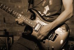 left_handed_guitar1.jpg