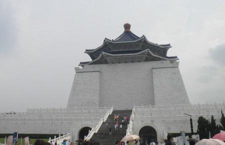 8-20中正記念堂