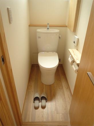 2Fトイレ13