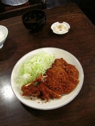 勝烈庵にて若鳥フライ定食(ご飯、しじみ椀、お新香付)2