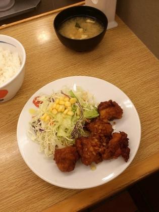 松屋、店舗限定香味唐揚げ定食2