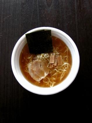 ニュータッチ凄麺青森煮干中華そば1