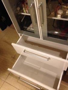 食器棚 引出し空