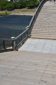 橋の上はこんな感じ。