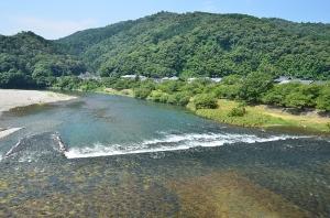 錦帯橋から見た錦川(下流方向)