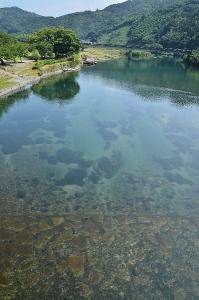 錦帯橋から見た錦川(上流方向)