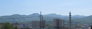 わが家から見える手稲山