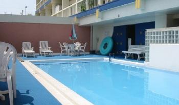 海が見えるレトロリゾートマンション!7万円で毎日海が見える生活!屋上・プール付!