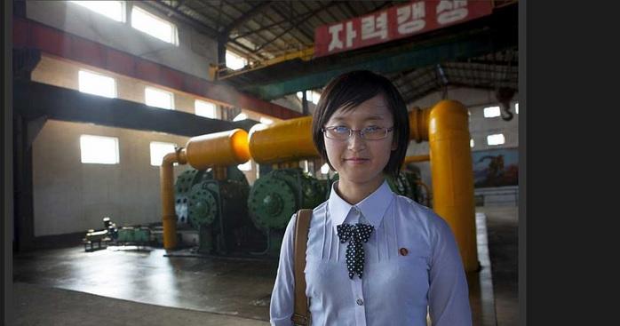 2014-5-3北朝鮮の女性1