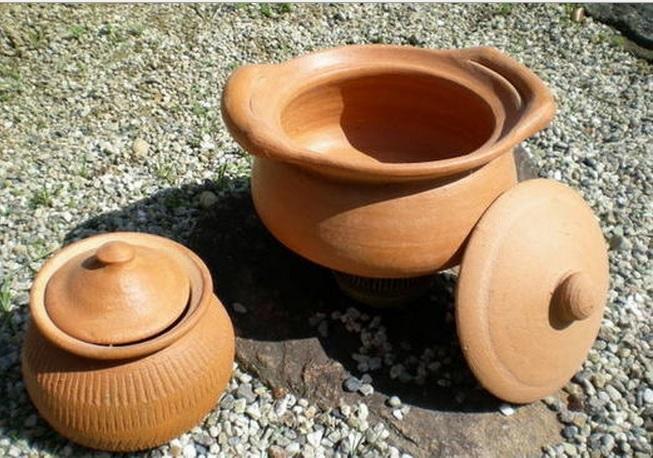 2014-7-25タイ米を煮る土鍋