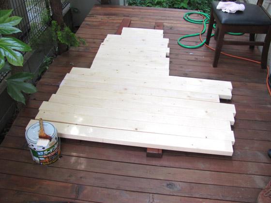 ウッドデッキ用テーブル