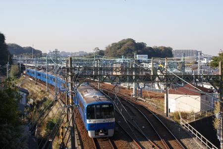 京急堀ノ内駅