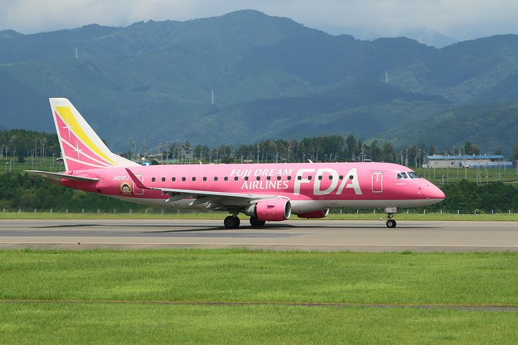 1408静岡空港 (79)FC2