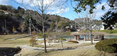 長山公園通過