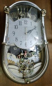 地震発生 時計落下