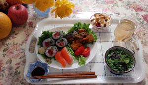 お昼ご飯 お寿司と南京