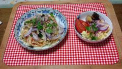 イカ・明太子・きのこパスタ+サラダ