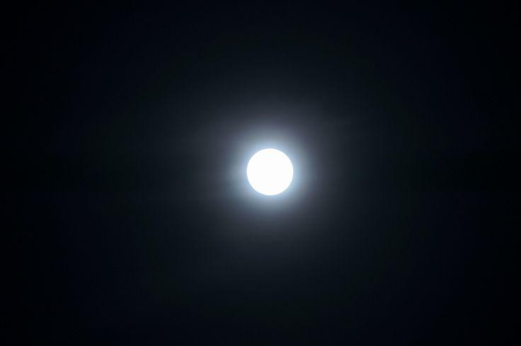 moon20140415_1.jpg
