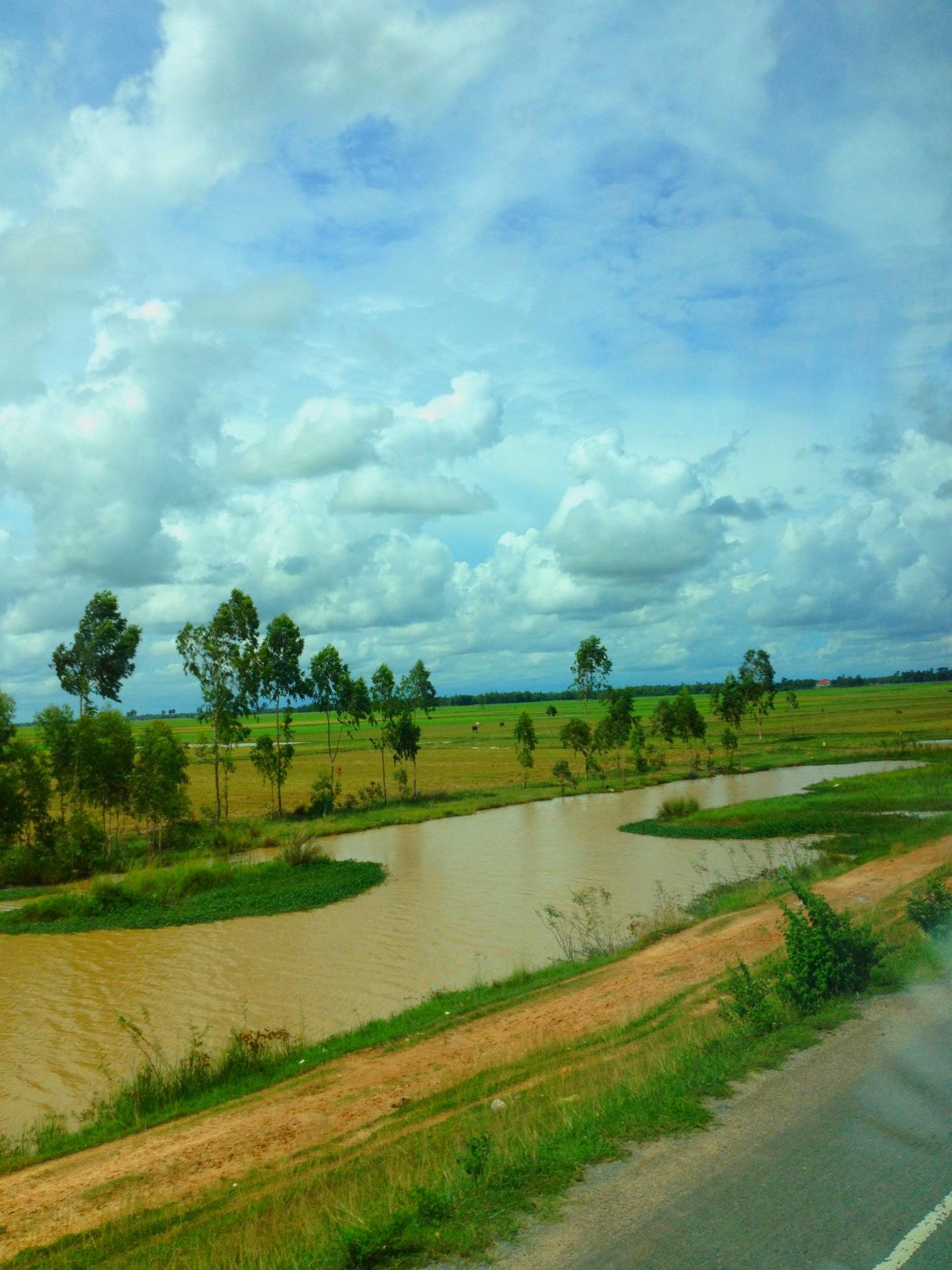 2013カンボジアサイゴンプノンペン間2