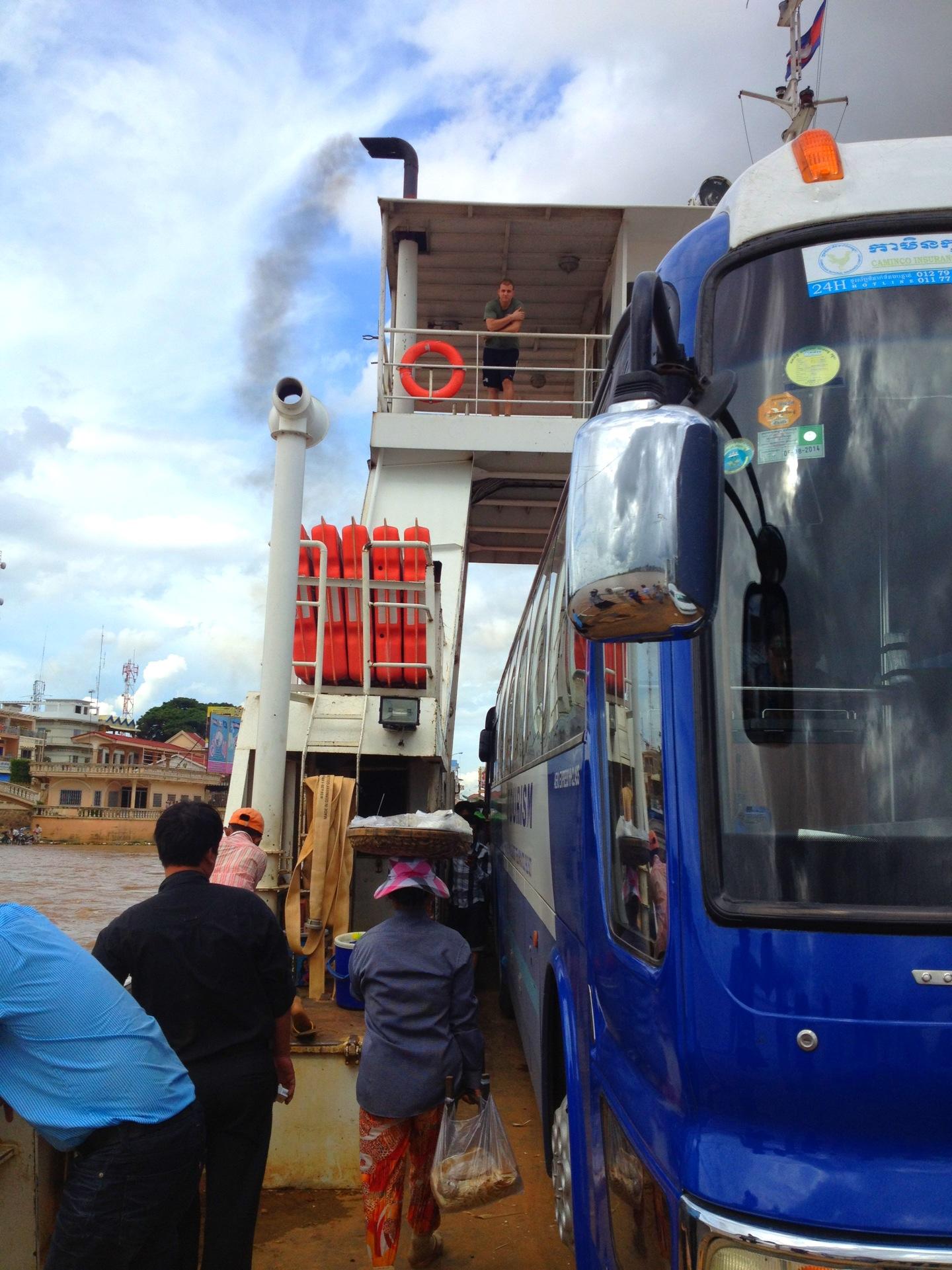 2013カンボジアサイゴンプノンペン間6