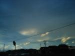 この霞んだ雲の合間が面白い