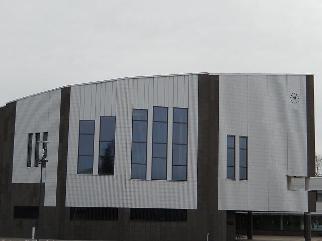 市庁舎外観1