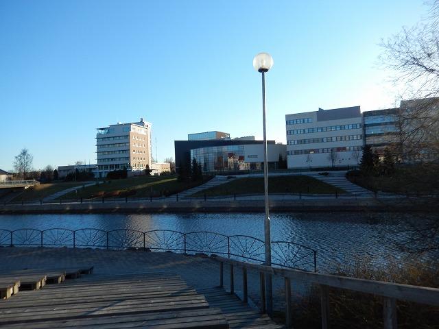 川向うの風景