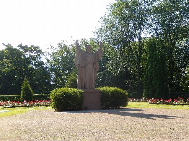 ラハティ教会像