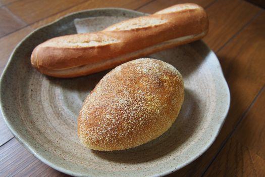 お昼後パン