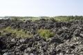 ゴツゴツ火山岩