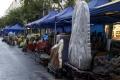 中国の石の店も3
