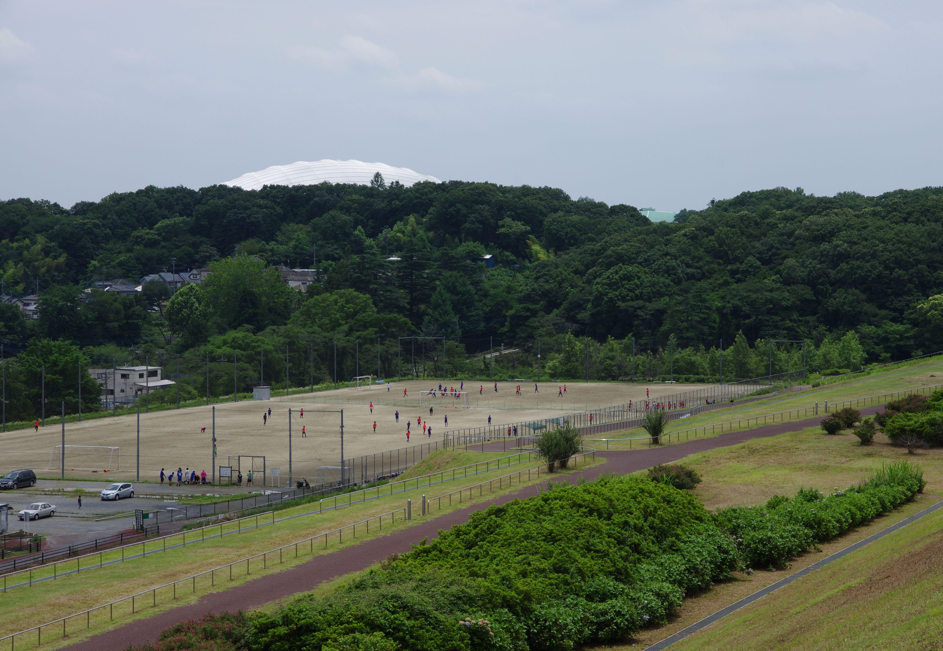 サッカー少年と西武ドーム