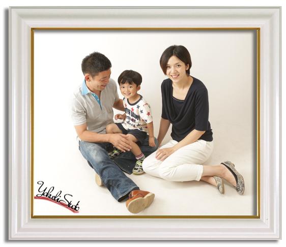 1406202772家族写真