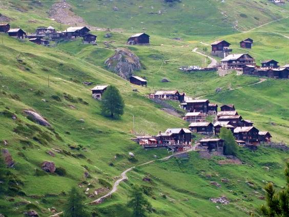 アルプと山小屋