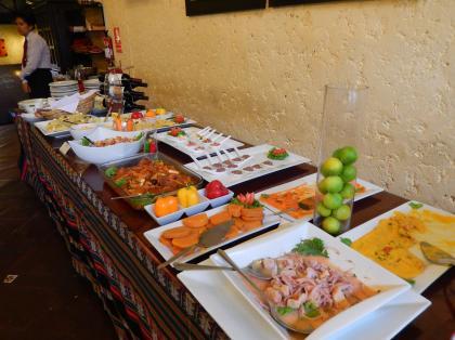 ペルー2014.1リマ・ペルー料理ブッフェ