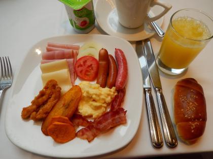 ペルー2014.1リマホテル朝食