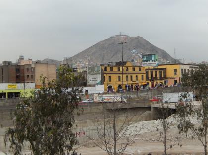 ペルー2014.1リマ・サンクリトバルの丘