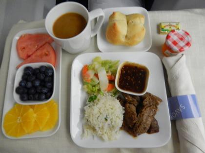 ペルー2014.1デルタ航空637便LAX発HND行機内食