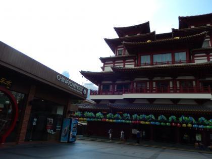 シンガポール2014.5チャイナタウン佛牙寺